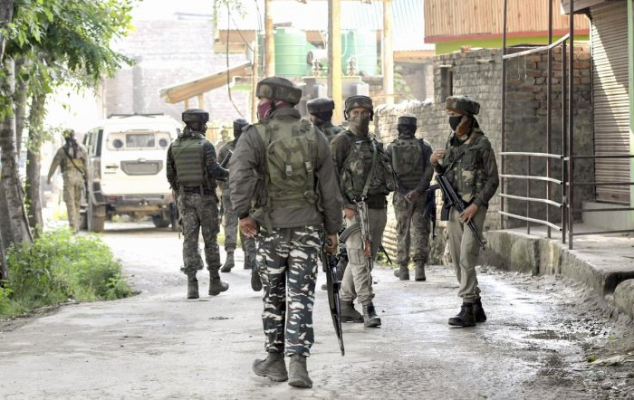 Officials said Asif Mustafa (30), who was working as an OGW for terror group Hizbul Mujahideen, was arrested during the operation and is being questioned. Representative image/PTI