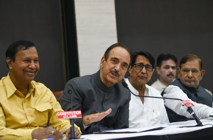enior Congress leader Ghulam Nabi Azad with RLD's Ajit Singh, DMK's T R Balu and senior leader Sharad Yadav during a press conference after a meeting of some like-minded opposition parties, in New Delhi, Monday, Nov. 4, 2019. (PTI Photo)
