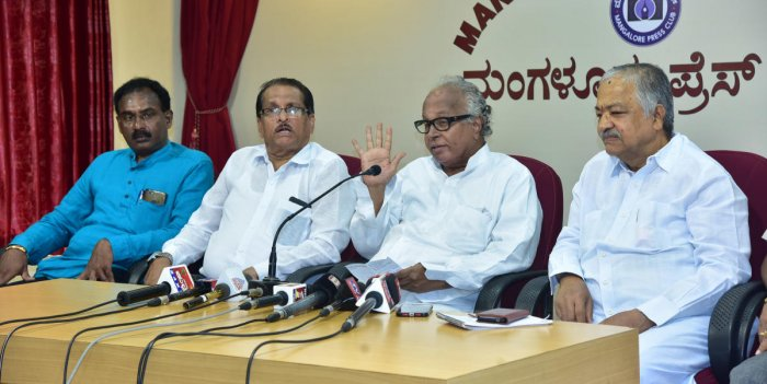 Former Union minister B Janardhana Poojary speaks at a press conference at Patrika Bhavan in Mangaluru on Tuesday.