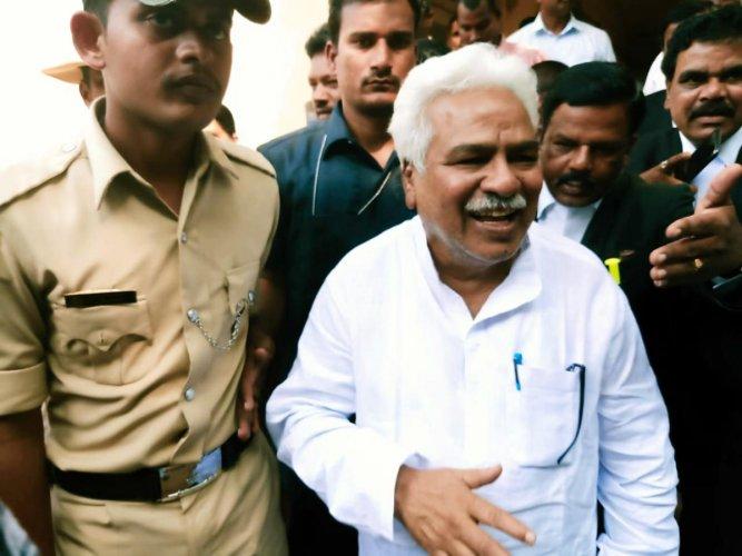 Revolutionary poet Gaddar at Pavagada court on Wednesday.
