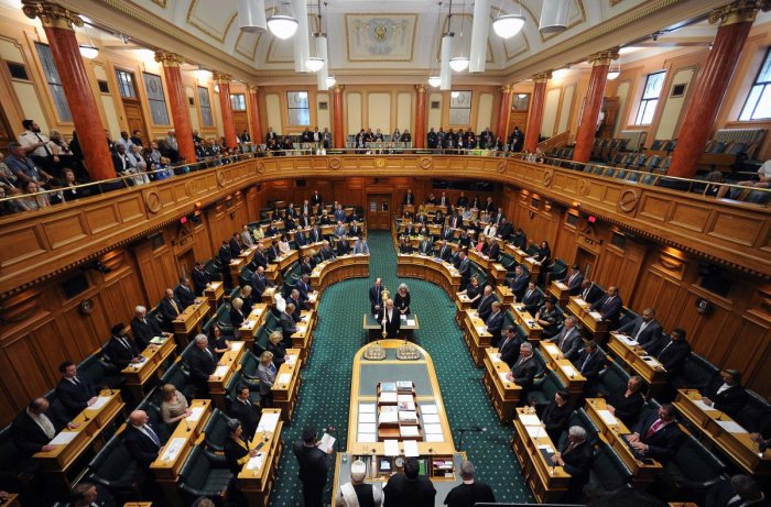 Parliament members attend the New Zealand Parliament session (AFP Photo)