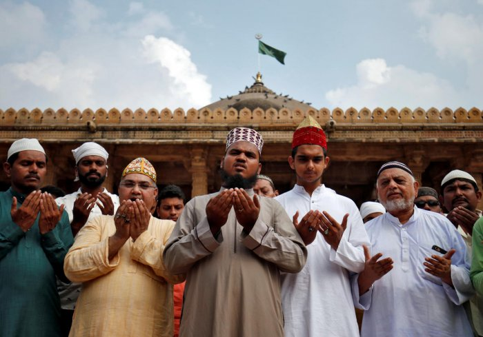 Muslims pray for peace ahead of verdict on a disputed religious site in Ayodhya, inside a mosque premises in Ahmedabad, India, November 8, 2019. (REUTERS)