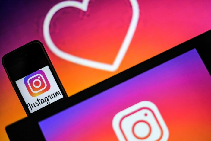 Logos of US social network Instagram.(Photo by LOIC VENANCE / AFP)
