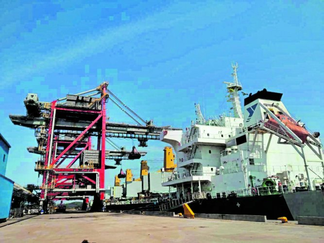 The mechanised handling of coal from vessel MV Yangze-8 commenced at New Mangalore Port in Mangaluru from Friday.