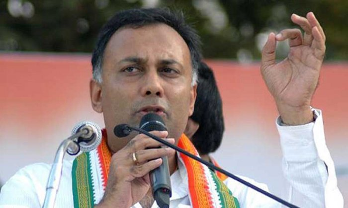 Karnataka Congress chief Dinesh Gundu Rao. (File Photo)