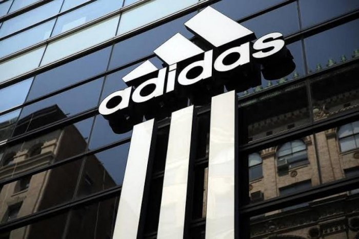 empujoncito gatear nacionalismo  Adidas to close German, US robot factories | Deccan Herald