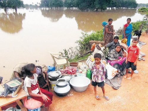 Situation grim in Odisha's flood-hit pockets