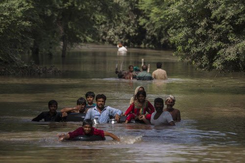 State wants to adopt flood-hit town in J&K