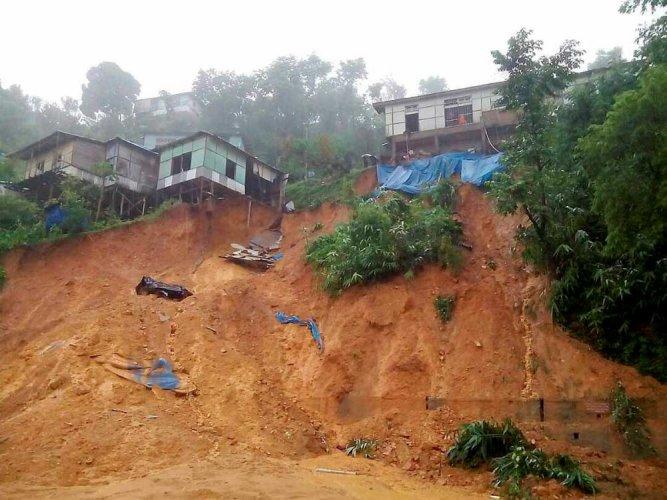 Fresh landslide cuts of Mizoram town, flood sweeps away houses