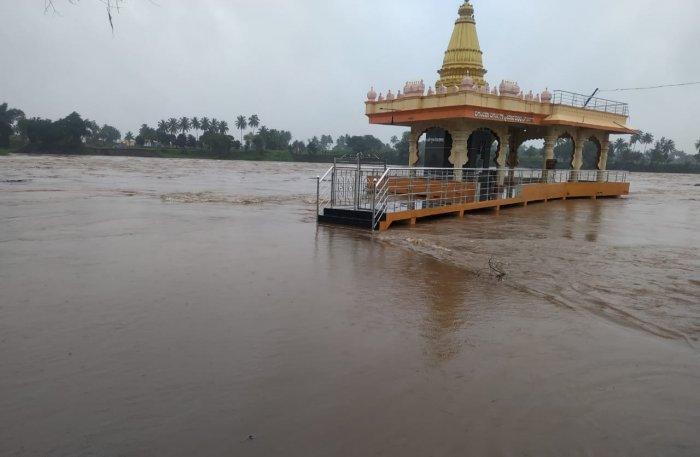 The River Krishna is yet again in spate due to heavy rains for the last two-days and submerged the the bridge between Kallola and Yadur in Chikkodi districts and flooded the famous Datta Mandir.