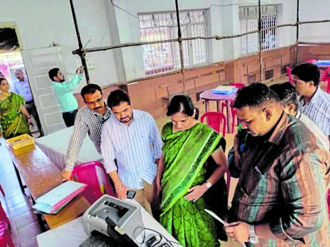 Deputy Commissioner Sindhu B Rupesh reviews the arrangements made to ensure a peaceful counting of votes at the centre in Rosario School, Mangaluru, on Wednesday.