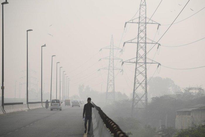 Smog in Delhi (AFP photo)