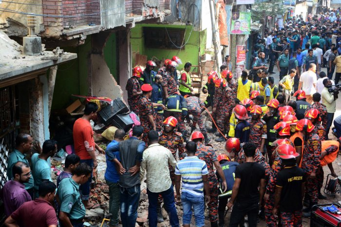 Gas pipeline explosion in Chittagong (Reuters Photo)