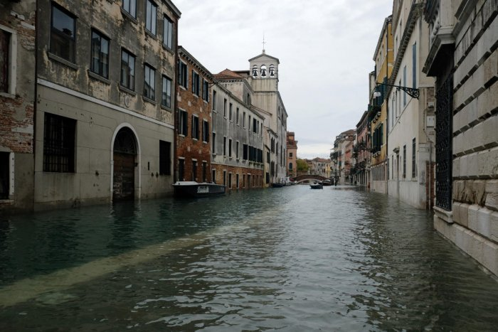 A view of a flooded street of Venice. (Photo by REUTERS)