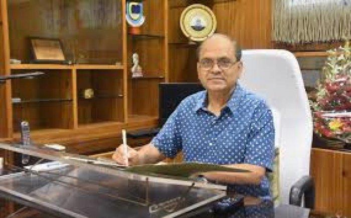BHU Chancellor Giridhar Malviya. (Photo by Wikipedia)