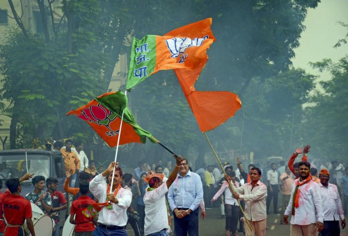 """Hindutva outfits were coming together as a """"united front"""" to oppose Sena or BJP's attempts to tie up with the ideologically different parties, said Samasta Hindu Aghadi president Milind Ekbote. Photo/PTI"""