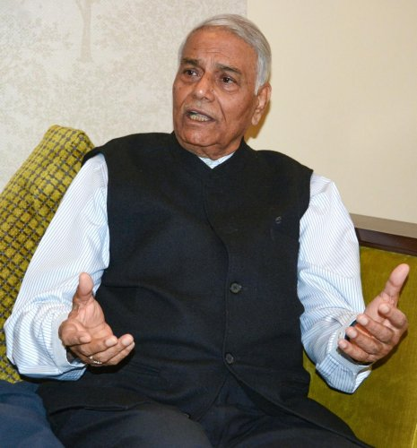 Former finance minister Yashwant Sinha addresses the media at the end of his three-day visit to the Kashmir valley. PTI Photo