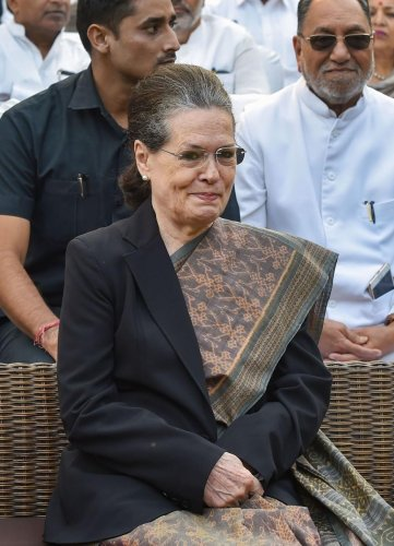 """Asked whether the three-party combine will be able to defeat the BJP government in Maharashtra, Congress president Sonia Gandhi told reporters, """"Absolutely"""". (PTI Photo)"""