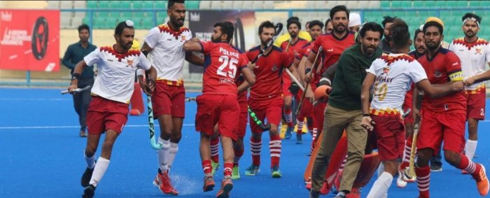 The brawl started in the third quarter of the match while PNB was on the attack inside the Punjab Police circle. Both teams were locked at 3-3 at that point of time.