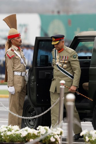 Pakistan's Army Chief of Staff General Qamar Javed Bajwa, arrives to attend the Pakistan Day military parade in Islamabad, Pakistan March 23, 2019. (Reuters Photo)