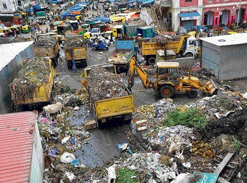 Apartment ownersappealed the civic body to consider them as part of residences, where the Palike collects the waste. DH Photo