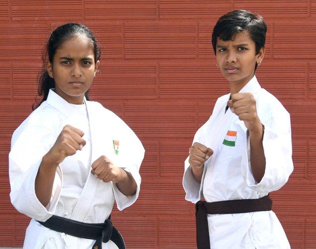 Karate champions Pavani Ashok (left) and Akshita Suresh. DH Photo/ Srikanta Sharma R
