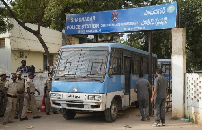 A police van carrying four men accused of the alleged rape and murder of a 27-year-old woman, leaves a police station in Shadnagar, on the outskirts of Hyderabad, India, November 30, 2019. (Reuters file photo)