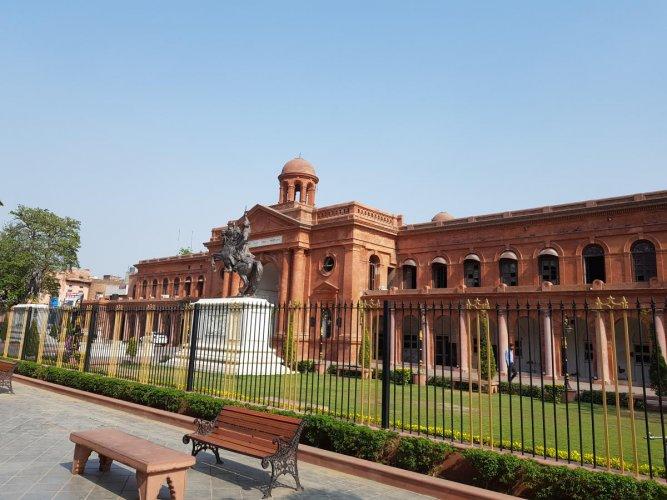 Amritsar Town Hall. PHOTOS BY AUTHOR