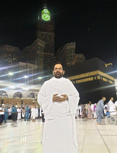 Union Minister for Minority Affairs Mukhtar Abbas Naqvi performs Umrah at Makkah Mukaramma (Makkah-Medinah), Mecca. PTI photo