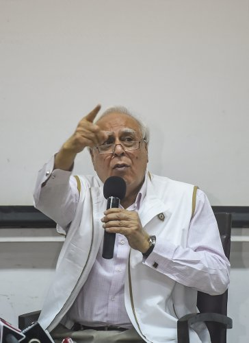 Senior Congress leader Kapil Sibal interacts with the media during a press conference, in Mumbai, Saturday, April 27, 2019. (PTI Photo)