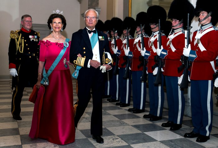 King Carl Gustaf of Sweden and wife Queen Silvia arrive to the gala banquet on the occasion of The Crown Prince's 50th birthday at Christiansborg Palace on May 26, 2018 in Copenhagen, Denmark. Some 350 guest participated in the event (Photo by Ole Jensen/Getty Images)