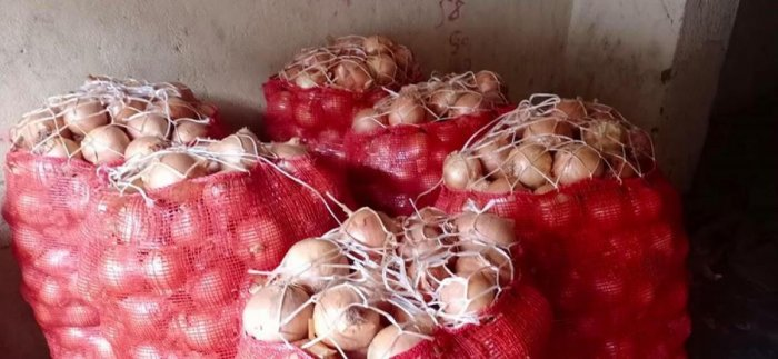 In spite of the supply of onions from Turkey, the price in the domestic market may not reduce, feel merchants in Mangaluru.