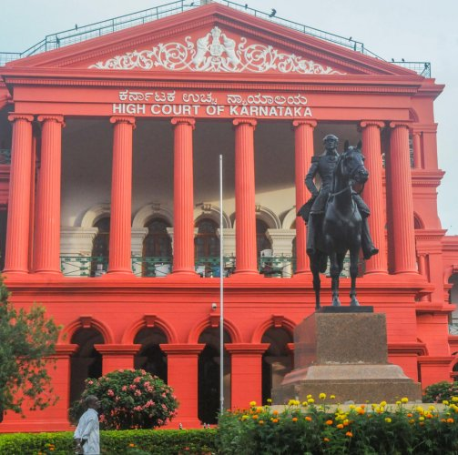 Mark Cubbon statue on High Court premises in Bengaluru. DH Photo/S K Dinesh