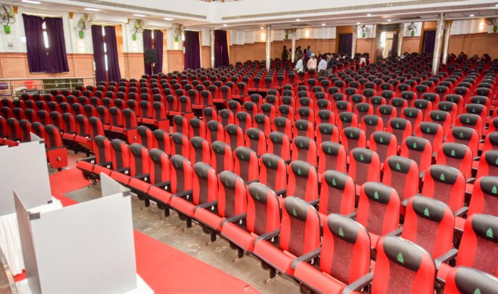 An empty Town Hall greeted officials when they turned up to hold standing committee polls. DH PHOTO/ANUP RAGH T