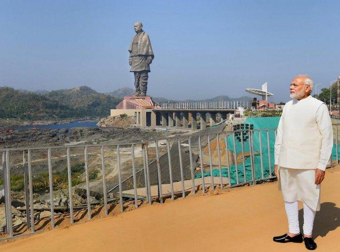 Prime Minister Narendra Modi in front of 182-meters high statue of Sardar Vallabhbhai Patel. (PTI file photo)