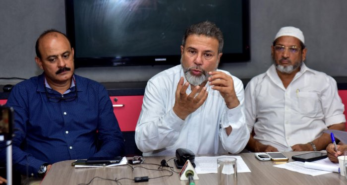 Bearys' Group Chairman Syed Mohammed Beary addresses a press meet in Mangaluru on Saturday.