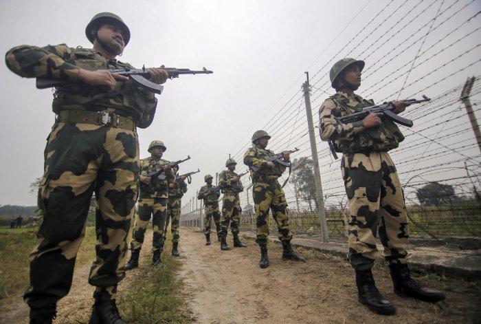 The Indian Army is retaliating befittingly, a Defence spokesman said. Photo/PTI