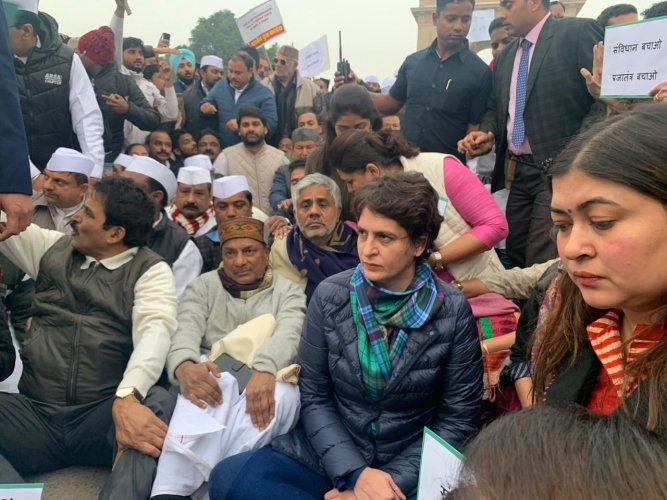 Congress leaders Priyanka Gandhi Vadra and others stage sit-in protest at India Gate to express solidarity with students agitating against Citizenship Amendment Act.
