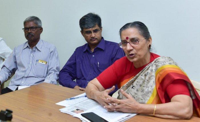 AITUC General Secretary Amarjith Kaur speaks to mediapersons in Mangaluru on Saturday. DH Photo