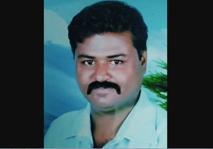 """Forty-one-year-old Soukatali Abdulganisab Injikier has written to President Ram Nath Kovind, Prime Minister Narendra Modi, Home Minister Amit Shah, Chief Minister B S Yediryuappa, and other top decision-making persons urging them to give him a chance to execute """"bad worms"""" of society."""