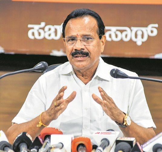 Union Minister D V Sadananda Gowda. (DH Photo)