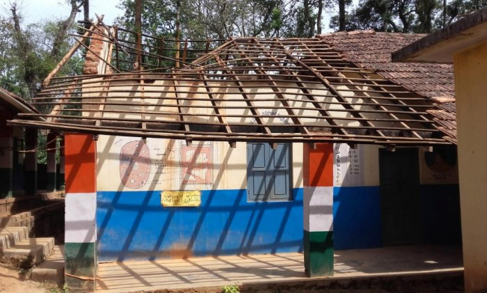 The collapsed roof of the Government Primary School at Guhya in Siddapura.