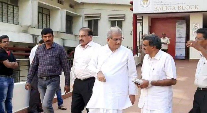 Shri Kshetra Dharmasthala Dharmadhikari Dr D Veerendra Heggade visited KMC Hospital in Manipal to inquire about health of Pejawar seer Vishwesha Teertha Swami on Saturday.