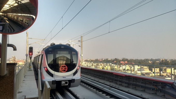 As on December 24, the total network span stood at 389 km with 12 lines and 285 stations, including Aqua Line (Noida-Greater Noida) and Rapid Metro networks. Photo/Twitter (@OfficialDMRC)