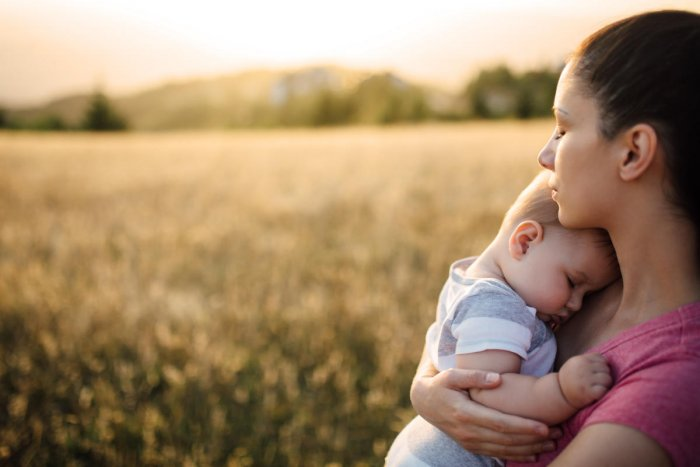Babies born to obese mothers have a high chance of metabolic disorders.