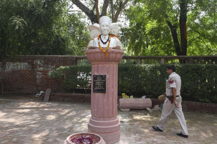 Savarkar's grandson Ranjit Savarkar said that the Congress has been targetting Savarkar and his legacy time and again for political purposes. (PTI Photo)