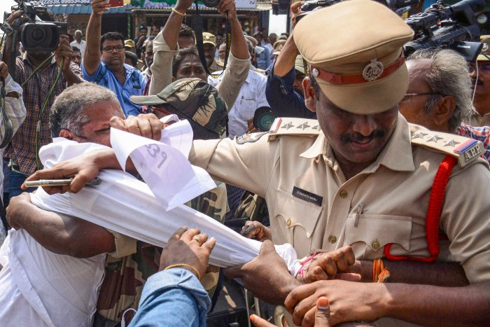 Police in action against farmers from the capital region villages, who were staging a protest to press for keeping the capital in Amaravati. (PTI Photo)