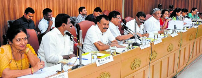 District In-charge Minister V Somanna directed officials to issue title deeds to tribals at the KDP quarterly review meeting organised at Zilla Panchayat hall in Madikeri on Saturday. DH Photo