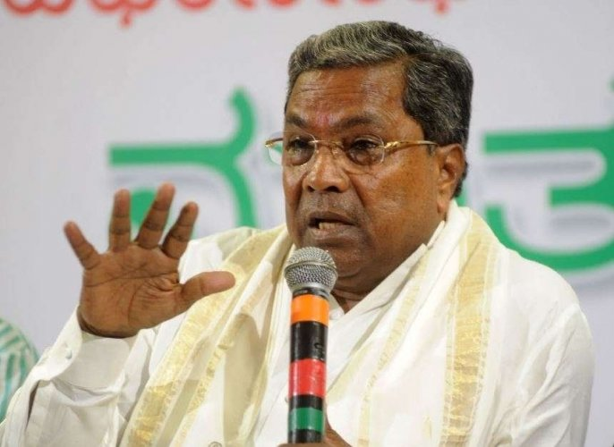 """""""Iwas listening to Modi that people elected 25 BJP MPs from Karnataka. Even the MPs told people not to vote for them, but for Modi. People voted for Modi, but today, he has cheated Karnataka in a big way,"""" Siddaramaiah told reporters.Photo/Twitter  (@siddaramaiah)"""