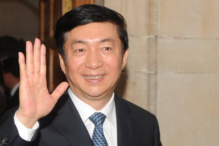 In this file photo taken on February 17, 2012, governor of China's Qinghai province Luo Huining waves as he leaves after meeting with Indian Minsiter of External Affairs S. M. Krishna (unseen) in New Delhi. (AFP Photo)